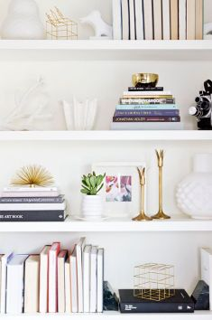 415b386fbb64f82f65f695c3515561e0--styled-shelf-styled-bookshelf