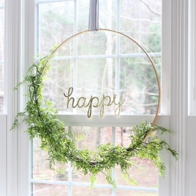 hoop-wreath-finished-sm